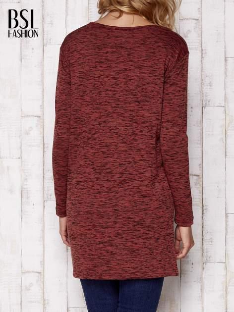 Bordowa melanżowa bluzka z przedłużanym tyłem                                  zdj.                                  4