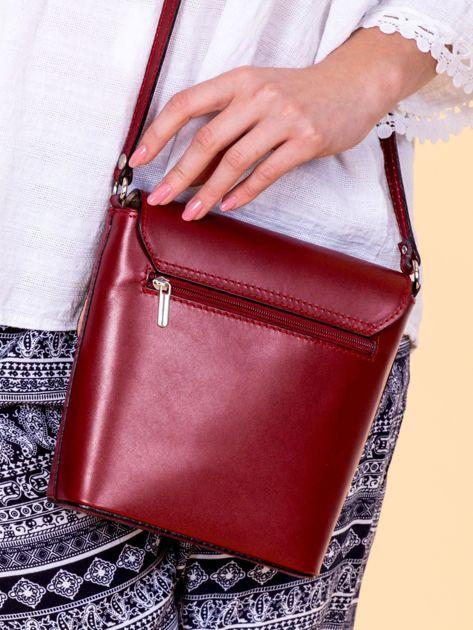 Bordowa skórzana torebka z klapką                              zdj.                              5