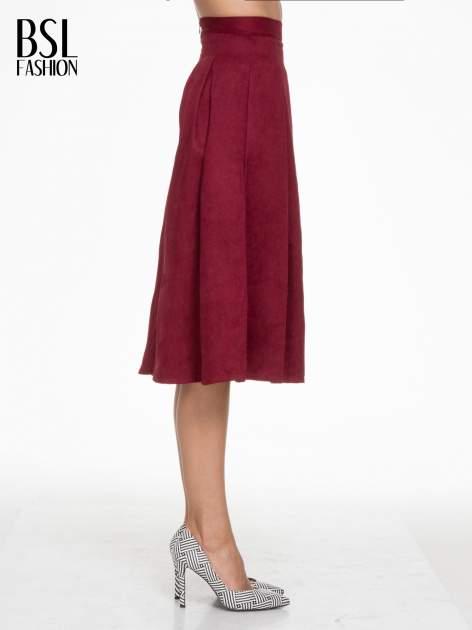Bordowa zamszowa spódnica midi z kontrafałdami                                  zdj.                                  3