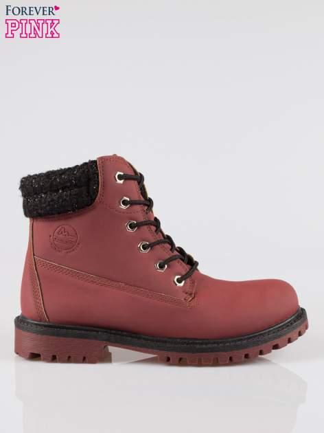 Bordowe buty trekkingowe traperki z ozdobnym kołnierzem