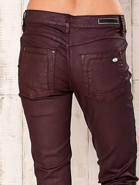 Bordowe spodnie regular                                  zdj.                                  5