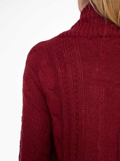 Bordowy dziergany sweter typu otwarty kardigan                                  zdj.                                  7
