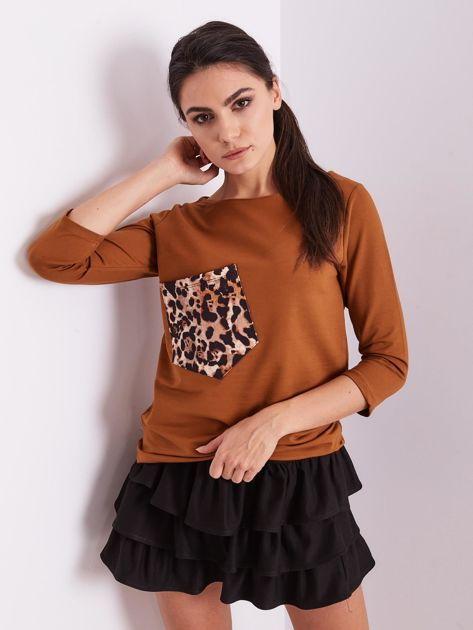 Brązowa bluzka z motywem zwierzęcym                              zdj.                              6