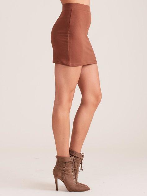 Brązowa dresowa spódnica mini                              zdj.                              3