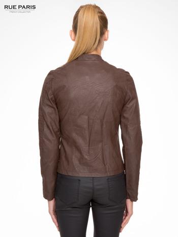 Brązowa kurtka biker z przeszyciami na ramionach                                  zdj.                                  4