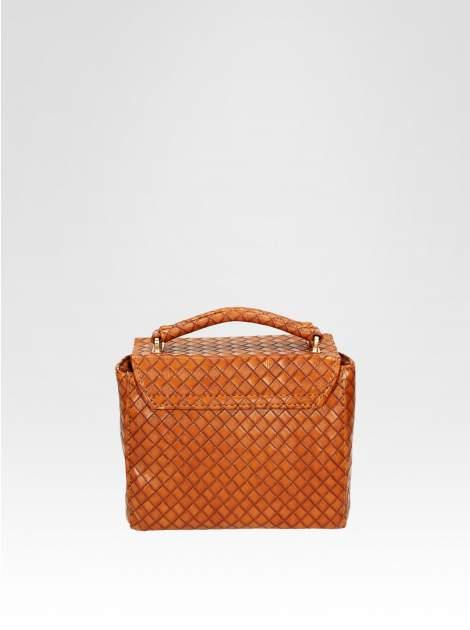 Brązowa pikowana mini torebka kuferek w stylu retro                                  zdj.                                  4