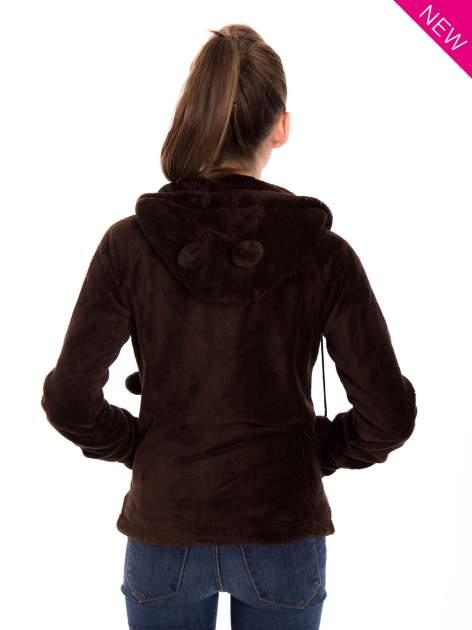 Brązowa pluszowa bluza z kapturem z uszkami i pomponami                                  zdj.                                  4