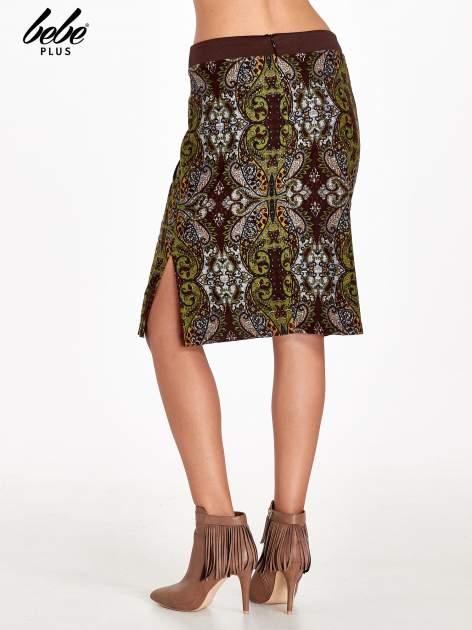 Brązowa spódnica z nadrukiem ornamentowym                                  zdj.                                  4