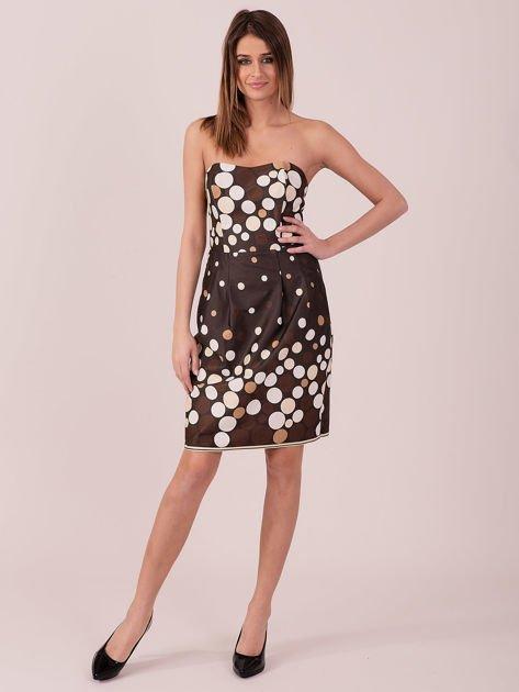 Brązowa sukienka koktajlowa w kolorowe grochy                              zdj.                              4