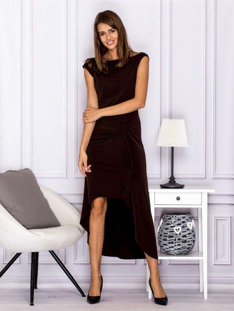 Brązowa sukienka maxi z dłuższym tyłem                              zdj.                              1