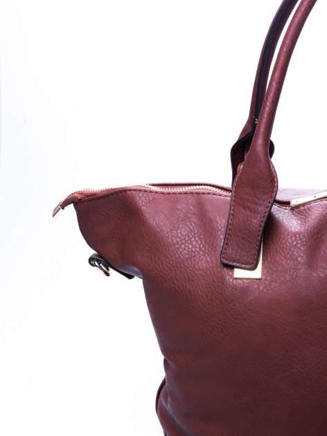 Brązowa torba shopper bag ze złotymi detalami                                  zdj.                                  4