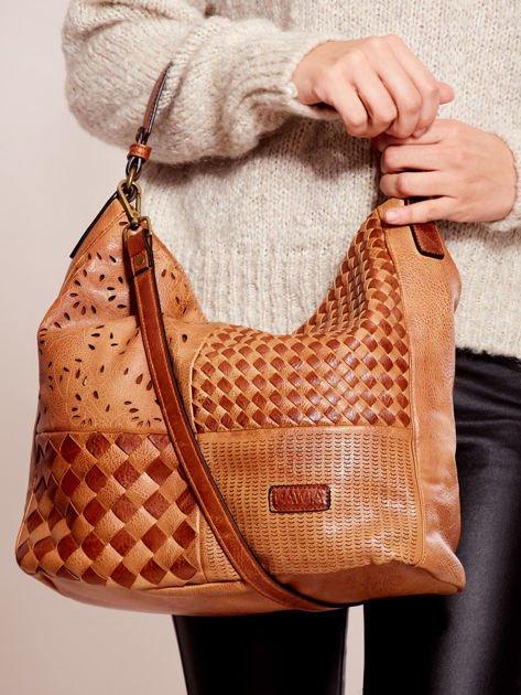 Brązowa torba z motywem plecionki                              zdj.                              1