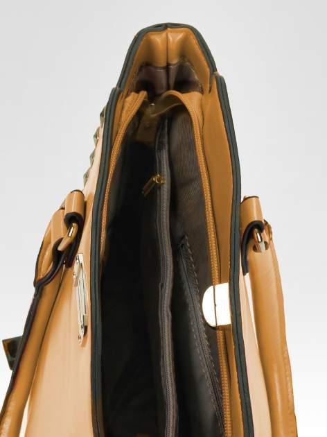 Brązowa torebka na ramię z dżetami                                  zdj.                                  10