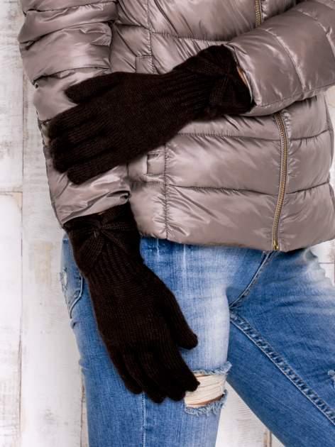 Brązowe rękawiczki z kokardą w stylu retro                                  zdj.                                  3