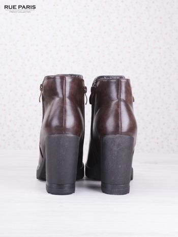 Brązowe skórzane botki faux leather Dakota na słupku zapinane na suwak                                  zdj.                                  4
