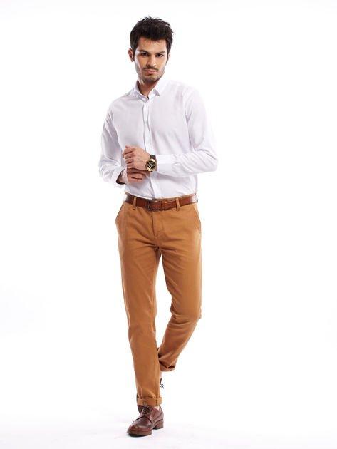 Brązowe spodnie męskie chinosy o prostym kroju                              zdj.                              7