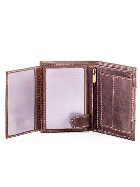 Brązowy męski skórzany portfel z materiałowym modułem                              zdj.                              5