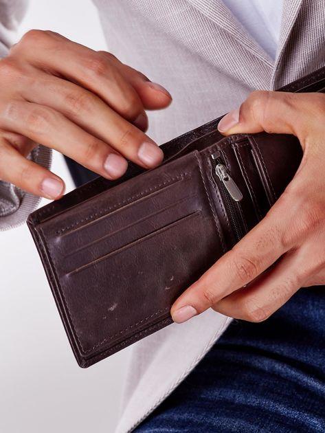 Brązowy miękki portfel męski skórzany                              zdj.                              2