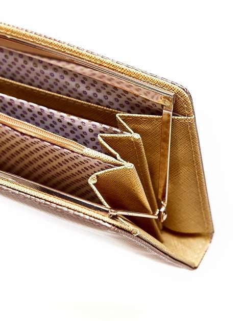 Brązowy portfel z motywem skóry węża z biglem                                  zdj.                                  4