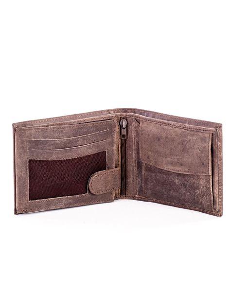 Brązowy skórzany portfel męski z przetarciami                              zdj.                              4