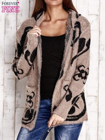 Brązowy sweter long hair z ornamentowym motywem                                  zdj.                                  6
