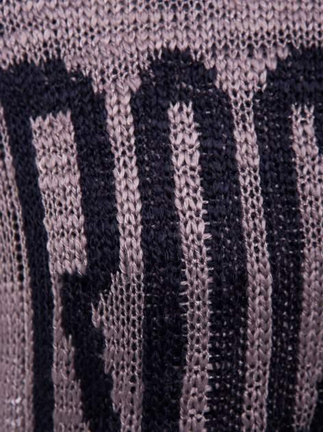Brązowy sweter z nadrukiem i efektem destroyed                                   zdj.                                  6