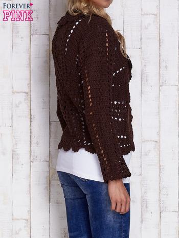 Brązowy sweter z wiązaniem                                  zdj.                                  2