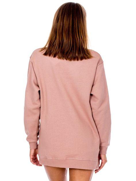 Brudnoróżowa dresowa bluza z półgolfem                              zdj.                              2