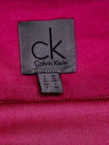CALVIN KLEIN Fuksjowa spódnica z zakładkami                                  zdj.                                  3