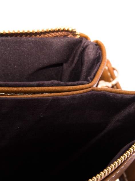 Camelowa kopertówka z rączką                                  zdj.                                  5