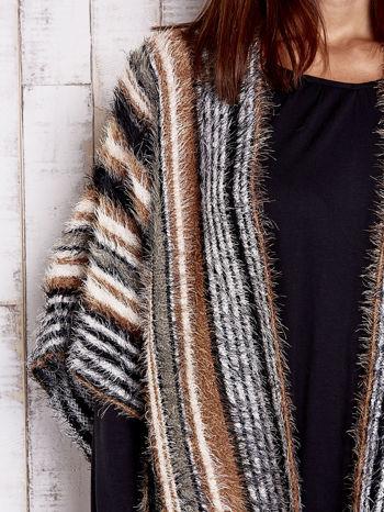 Camelowy sweter poncho z frędzlami                                   zdj.                                  6
