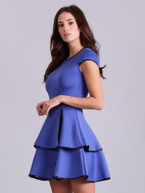 Chabrowa rozkloszowana sukienka                               zdj.                              3