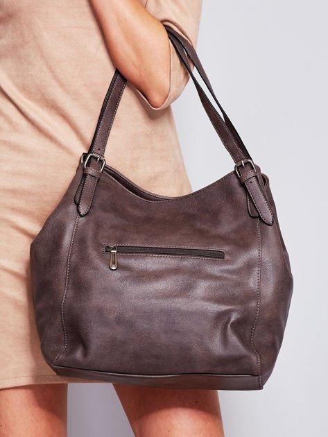 Ciemnobrązowa miękka torba z kieszeniami                              zdj.                              3