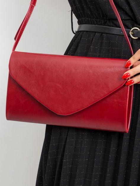 Ciemnoczerwona torebka kopertówka