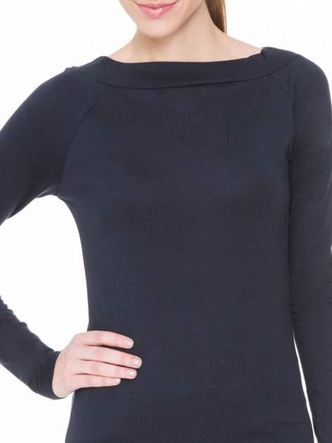 Ciemnogranatowa gładka bluzka z reglanowymi rękawami                                  zdj.                                  5