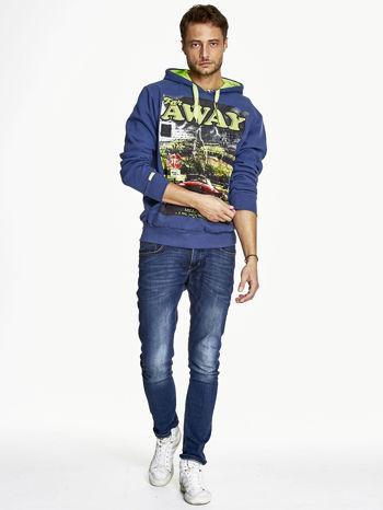 Ciemnoniebieska bluza męska z kapturem z napisem FAR AWAY                                  zdj.                                  4