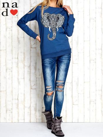 Ciemnoniebieska bluza z nadrukiem słonia                                  zdj.                                  3
