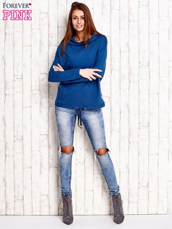 Ciemnoniebieska bluzka oversize z troczkami                                  zdj.                                  2