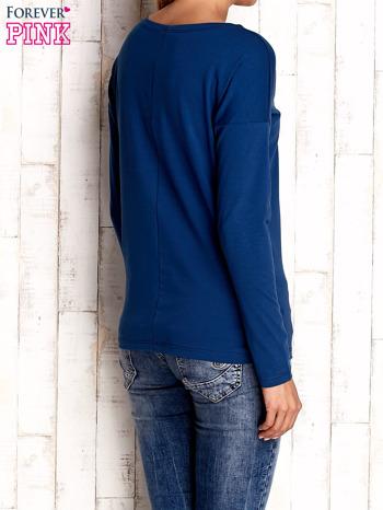 Ciemnoniebieska bluzka z aplikacją w kształcie sowy                                  zdj.                                  4