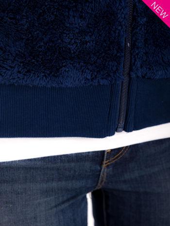 Ciemnoniebieska kamizelka z kapturem z uszkami i pomponami                                  zdj.                                  9