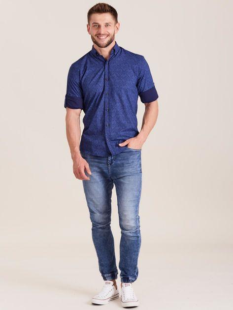 Ciemnoniebieska koszula męska we wzory                              zdj.                              4