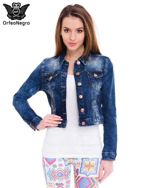 Ciemnoniebieska kurtka jeansowa damska z efektem gniecenia                                  zdj.                                  1