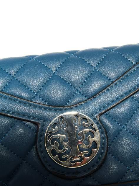 Ciemnoniebieska pikowana torba typu listonoszka                                  zdj.                                  6