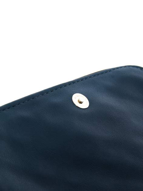 Ciemnoniebieska pikowana torba typu listonoszka                                  zdj.                                  5