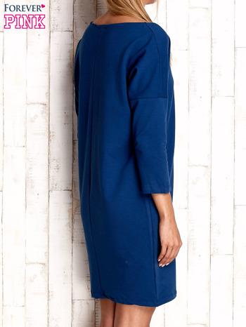Ciemnoniebieska sukienka oversize                                  zdj.                                  3