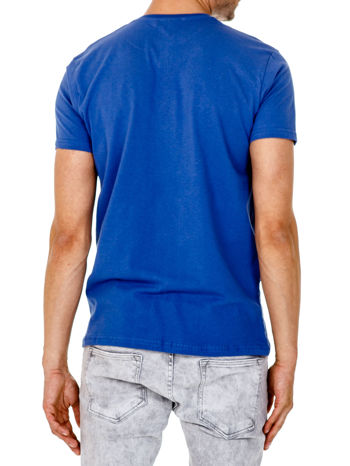 Ciemnoniebieski t-shirt męski z nadrukiem napisów w sportowym stylu                                  zdj.                                  2