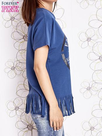 Ciemnoniebieski t-shirt z nadrukiem i frędzlami                                  zdj.                                  3