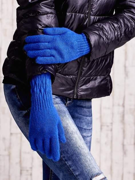 Ciemnoniebieskie długie rękawiczki z drapowanym rękawem                                  zdj.                                  3