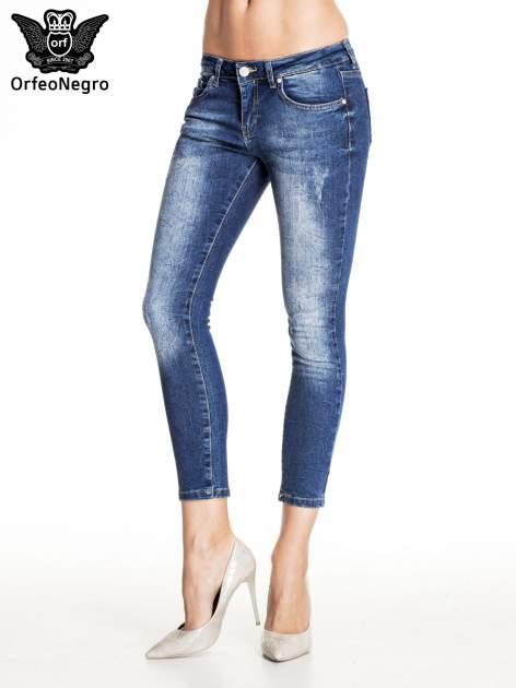 Ciemnoniebieskie gniecione spodnie skinny jeans                                  zdj.                                  1