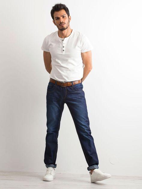 Ciemnoniebieskie klasyczne jeansy męskie                              zdj.                              4